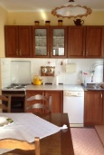 Кухня. Черногория, Доброта : Уютный апартамент в 20 метрах от пляжа, с гостиной, двумя спальнями и террасой