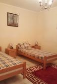 Спальня 2. Черногория, Утеха : Прекрасная вилла с бассейном в 30 метрах от пляжа, 3 спальни, 2 ванные комнаты, парковка, Wi-Fi