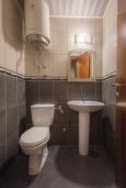 Туалет. Черногория, Пржно / Милочер : Апартамент с гостиной, двумя спальнями и балконом
