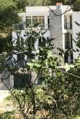 Фасад дома. Черногория, Жанице / Мириште : Прекрасная вилла с бассейном и террасой с барбекю, 5 спален, парковка, Wi-Fi
