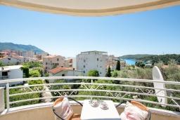 Вид. Черногория, Бечичи : Студия с балконом и видом на море