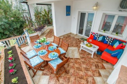 Terrace. Montenegro, Njivice : House with 4 bedrooms in Njivice for 12 guests