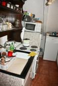 Кухня. Черногория, Кумбор : Апартамент для 9 человек с отдельной спальней, c балконом и видом на море