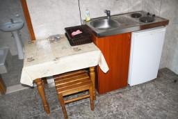 Кухня. Черногория, Мельине : Студия в Мельине с балконом и видом на море