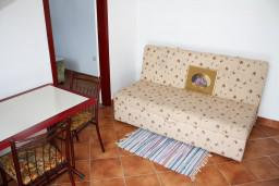 Гостиная. Черногория, Игало : Апартамент на 3 этаже на 4 человек на вилле с бассейном