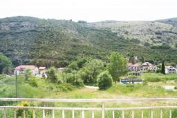 Вид. Черногория, Игало : Апартамент на 3 этаже на 5 человек с балконом