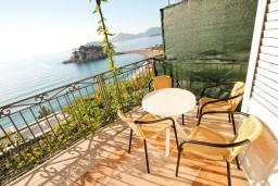 Балкон. Черногория, Святой Стефан : 2-х этажный люкс апартамент для 4-5 человек, с двумя спальнями на Святом Стефане
