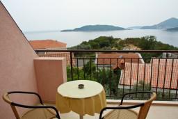 Вид на море. Черногория, Каменово : Комната на 2 персоны, с кондиционером, с видом на море