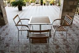 Терраса. Черногория, Каменово : Апартамент на 3 персоны, с 2 спальнями, с большой террасой