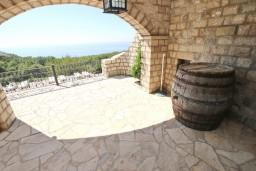 Terrace. Montenegro, Sveti Stefan : Villa with 4 bedrooms in Sveti Stefan for 8 guests
