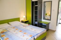 Студия (гостиная+кухня). Черногория, Булярица : Студия на пляже Булярицы