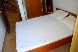 Спальня 2. Черногория, Доброта : Апартаменты на 6 персон c видом на залив, у моря, 2 спальни