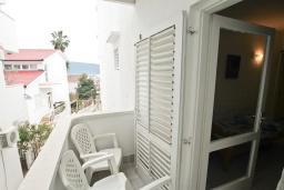 Балкон. Черногория, Мельине : Студия для 3 человек, с балконом и видом на море