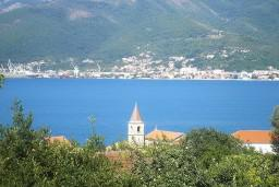 Вид. Черногория, Тиват : Студия с шикарным видом на море