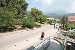 Вид. Черногория, Игало : Апартамент с отдельной спальней и балконом