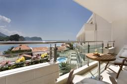 Вид на море. Monte Casa 4* в Петроваце