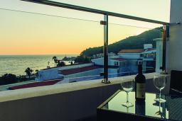 Вид на море. Черногория, Петровац : Супер Люкс