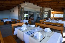 Кафе-ресторан. Hotel R 3* в Утехе