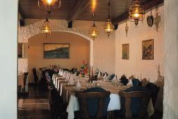 Кафе-ресторан. Plaza 3* в Герцег Нови