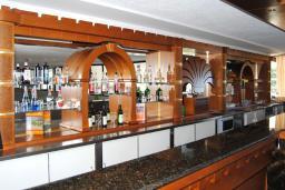 Кафе-ресторан. Mediteran Resort 3* в Ульцине