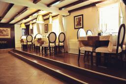 Кафе-ресторан. Per Astra 5* в Перасте