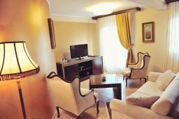 Гостиная. Черногория, Пераст : A2 Luxury Suite