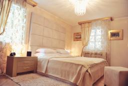 Спальня. Черногория, Пераст : A4 Executive Suite - Separate Bedroom