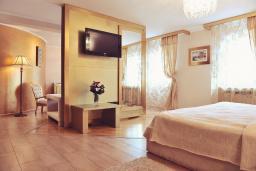 Спальня. Черногория, Пераст : А5 Executive suite