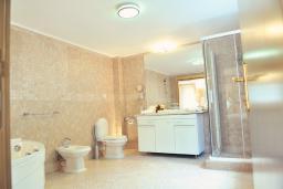 Ванная комната. Черногория, Пераст : A6 Junior Suite - Garden View 2
