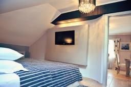 Спальня. Черногория, Пераст : A7 Penthouse Suite - Separate Bedroom