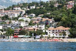 Пляж Яхтинг Клуб / Jahting club в Герцег Нови