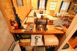 Кухня. Черногория, Колашин : Дом в Колашине с 3-мя отдельными спальнями