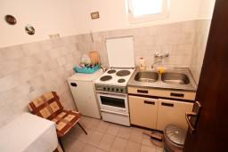 Кухня. Черногория, Колашин : Студия в Колашине на первом этаже.