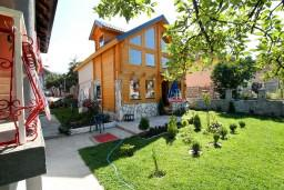 Фасад дома. Черногория, Колашин : Дом с 3-мя спальнями в Колашине