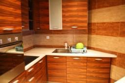 Кухня. Черногория, Жабляк : Апартамент для 6-8 человек, 2 отдельных спальни, Жабляк, Черногория.