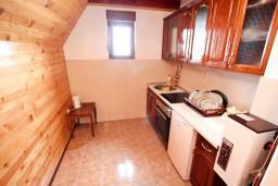 Кухня. Черногория, Жабляк : Апартамент для 6 человек, 2 отдельные спальни, Жабляк, Черногория.