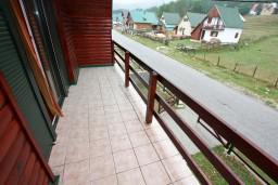 Балкон. Черногория, Жабляк : Апартамент для 6 человек, 2 отдельные спальни, Жабляк, Черногория.