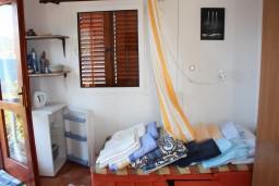 Черногория, Росе : Комната для 3 человек с балконом и видом на море