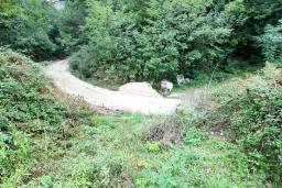 Земельный участок 1050м2 в Герцег-Нови (Каменари) с видом на залив, электричество, вода. Дорога до участка. в Герцег Нови