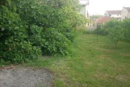 Земельный участок в Герцег-Нови – Мельине, площадью 500м2. С объектом занесённым в кадастр.  в Мельине