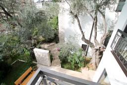 Вид. Черногория, Петровац : Современная студия в Петроваце в 200 метрах от моря