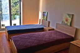 Спальня 3. Черногория, Ульцинь : Прекрасная вилла с бассейном и видом на море, 4 спальни, 3 ванные комнаты, парковка, Wi-Fi