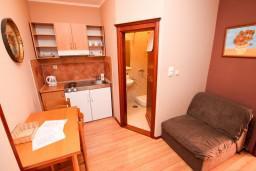 Гостиная. Черногория, Котор : Апартамент в Которе с отдельной спальней в 50 метрах от моря