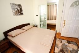 Спальня 2. Черногория, Бар : Апартамент для 4-6 человек, 2 отдельные спальни