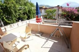 Балкон. Черногория, Шушань : Уютная студия с балконом