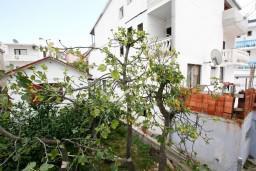 Вид. Черногория, Шушань : Апартамент с отдельной спальней в 300 метрах от моря