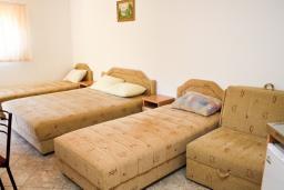 Черногория, Чань : Студия для 4-5 человек