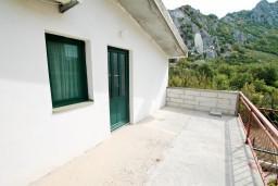 Балкон. Черногория, Чань : Студия для 4 человек