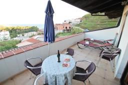 Балкон. Черногория, Велика плажа : Апартамент с 2 спальнями, 2 ванными и террасой с видом на море
