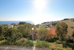Вид. Черногория, Ульцинь : Апартамент для 7 человек, с 3-мя отдельными спальнями, с 3-мя ванными комнатами, с большой гостиной и кухней, с балконом с видом на море